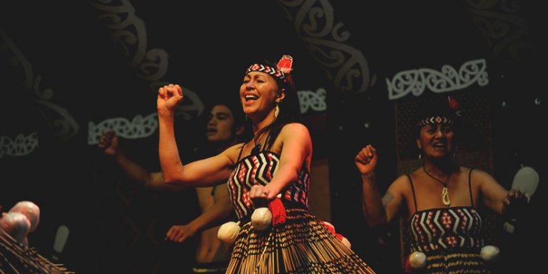 maori traditiional performance in rotorua
